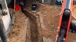 Udgravning af rende til kloak